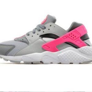Nike Huaraches Gray and pink